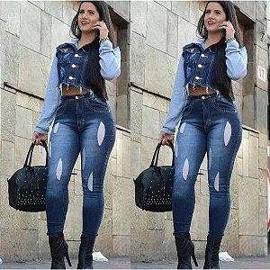 Calça jeans cintura alta desfiada