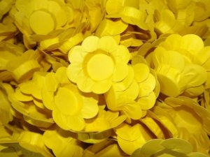 Forminhas para Docinhos Amarelo 50 Un - Catelândia