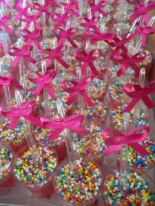 Laço Mosquitinho Pink 50 Un para Colher de Brigadeiro Mole ou Lembrancinhas - Catelândia