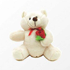 Ursinho de Pelúcia Levando uma Rosa 17 cm - Catelândia