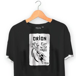 Camiseta Orion Play With Magic - Dupla Manga - Ilhós
