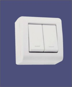 2 Interruptores Simples 10A/250V Branco de Sobrepor LIZFLEX - TRAMONTINA