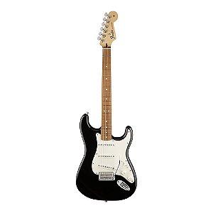 Guitarra Fender Standard Stratocaster Pau Ferro Black