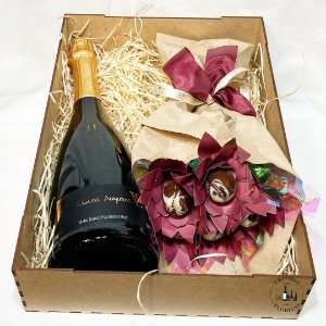 Box espumante e rosas de chocolate