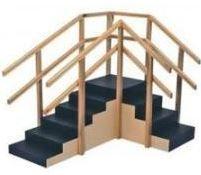 Escada de canto em madeira s/rampa