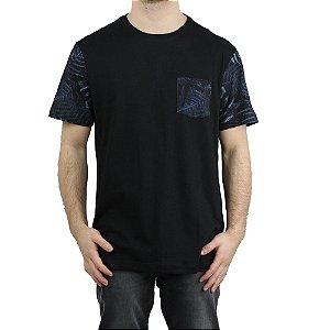 Camiseta MCD Especial Pocket Dark Fern Preto/ Azul