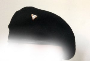 Boina Preta com Triângulo Pathfinder e168317aa59