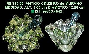 ANTIGO CINZEIRO de MURANO - COM APAGADOR MEDIDAS: ALTURA 9,00 DIÂMETRO 12,00 Cm