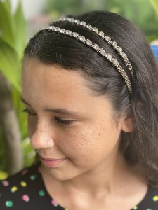 Tiara de cabelo pedras