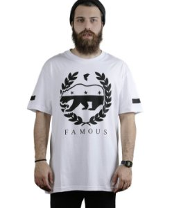 Camiseta Famous Bear Wreath Branca