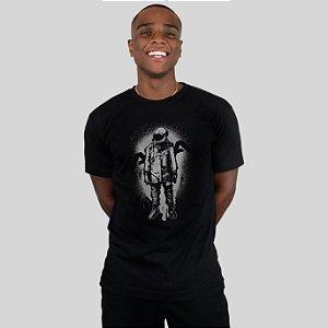 Camiseta AVA The Astronaut Preta