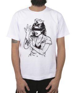 Camiseta blink-182 Enema Girl Branca