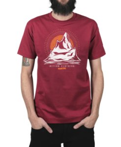 Camiseta Action Clothing Everest Vinho
