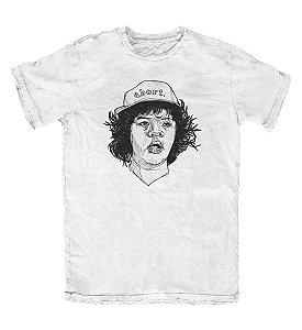 Camiseta Stranger Things Dustin Branca
