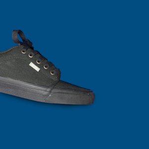 Tênis Vans Chukka Low - Black