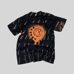 Camiseta BLINK-182 Smile Painted #002 - Tamanho M