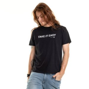 Camiseta Take it Easy Preta