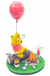 Winnie the Pooh Ursinho Puff and Piglet Leitão Le 300 Disney Big Statue