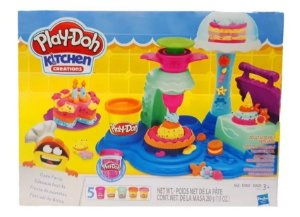 Play Doh Kitchen Creations - Festival de Bolos - Hasbro