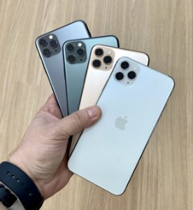 "Apple iPhone 11 Pro Max 64GB Seminovo de Vitrine - Tela Super Retina XDR 6,5"" - 3 Meses de Garantia Apple"