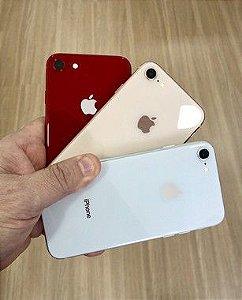 Apple iPhone 8 128GB - Seminovo de Vitrine - 4,7