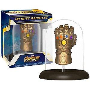 Funko Marvel Avengers: Infinity War Infinity Gauntlet Dome Vinyl Collectible Hot Topic Exclusive