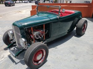 1932 Ford Hot Rod V8