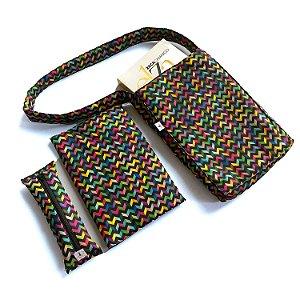 KIT Bolsa + Estojo marcador + Capa protetora_Estampa zig-zag coloridos