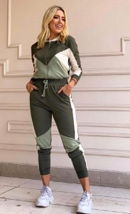 Conjunto de calça e jaqueta em moletinho de viscose - VERDE MILITAR