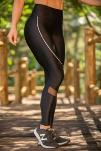 LEGGING RECORTE COM VIVO