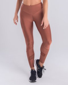 LEGGING TRIANGULAR COM RECORTES