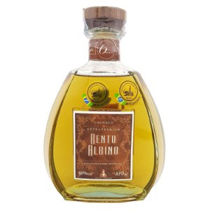 Cachaça Bento Albino Carvalho Extra Premium 810 ml