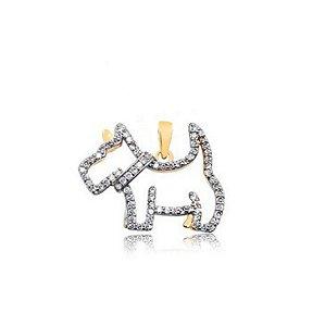 Pingente cachorro vazado com pedras de zircônia folheado em ouro 18k