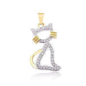 Pingente Gato com corpo vazado e cravejado folheado em ouro 18k