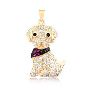 Pingente de cachorro com bandana folheado em ouro 18k