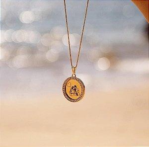 Colar de foto personalizado cravejada de zircônia folheado em ouro 18k