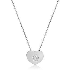 Colar com pingente de coração com patinha cravejada de zircônia em prata 925