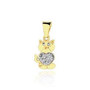 Pingente Gato com coração cravejado folheado em ouro 18k