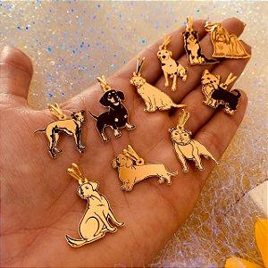 Pingente tradicional de raça folheado em ouro 18K