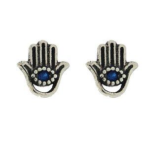 Brinco de Prata Mão de Fátima com Detalhe de Olho no Meio Cravejado com Zircônia Azul Blivejoias
