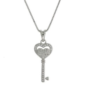 Colar de Prata com Pingente de Chave com Detalhe de Coração com Zircônias Brancas Blivejoias
