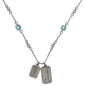 Colar de Prata com Pingente de Chapinha Escrito  Fé e Benção com Zircônias Azul e Brancas Blivejoias