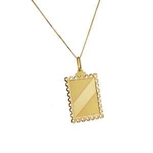 Pingente em ouro amarelo 18k médio frente e laterais trabalhadas fosco e polído sem pedra tamanho: 1,6x2,6cm PC 3.96