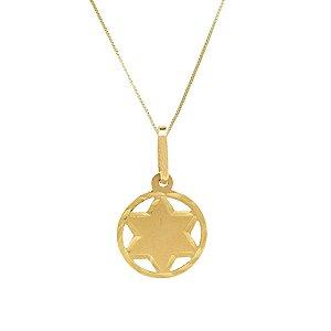 Medalinha em ouro amarelo 18k fosca pequena sem pedra tamanho 1,5x1,5cm PC 1.64