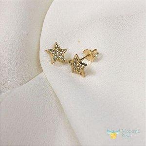 Brinco estrela cravejado com zirconias em ouro amarelo 18k PC 4.57