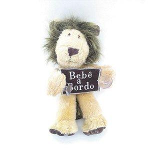 Bebê a Bordo Leão de Pélucia