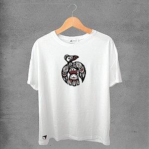 Camiseta masculina e feminina basic branca 100% Algodão Coleção Apaoká Pássaro Indígena