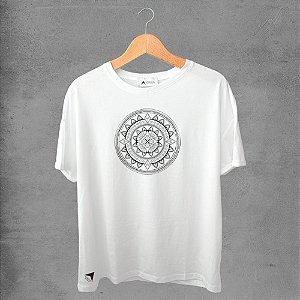 Camiseta masculina e feminina basic branca 100% Algodão Mandala Tribal Nº 18