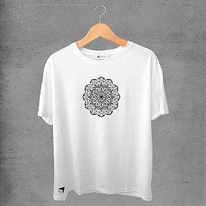 Camiseta masculina e feminina basic branca 100% Algodão Coleção Apaoká Nº 28