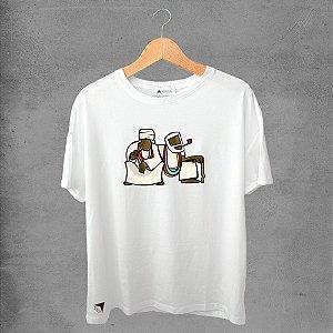 Camiseta masculina e feminina basic branca 100% Algodão Coleção Apaoká Nº 31